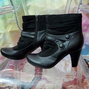 Hush Puppies Leather Victorian Mini Boots